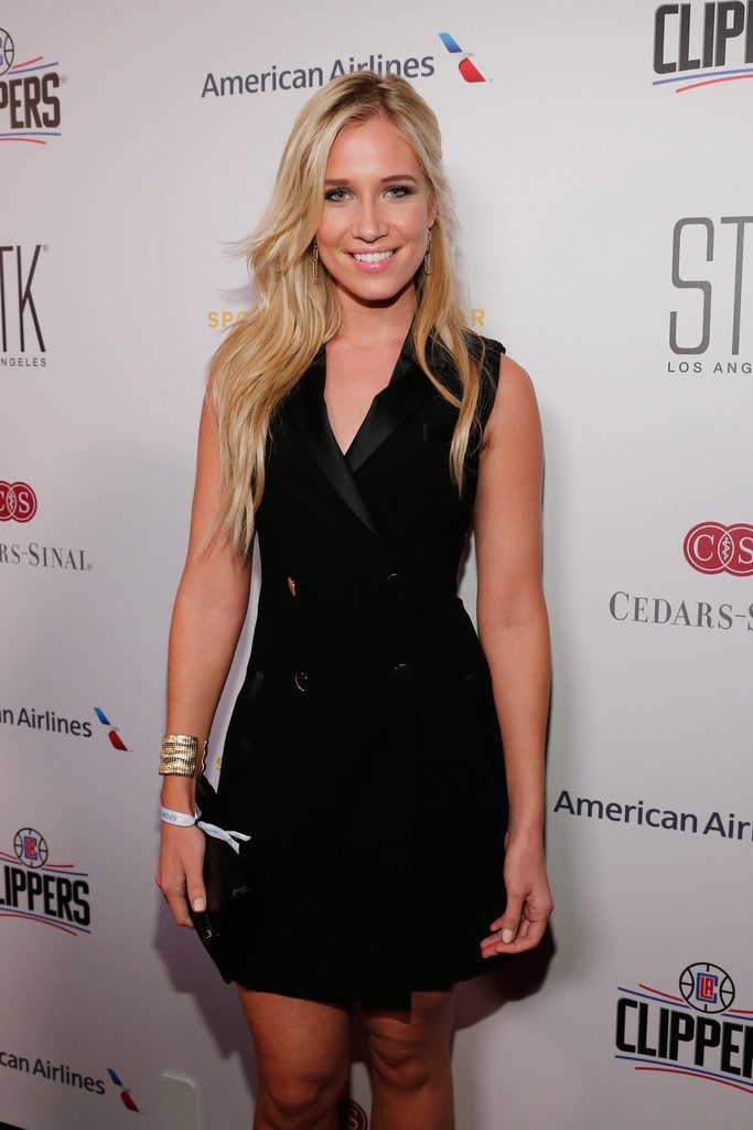 Kristine Leahy Oops Moment Pictuers
