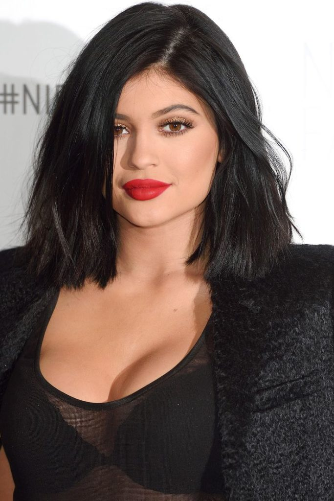 Kylie Jenner Without Bra Pictures