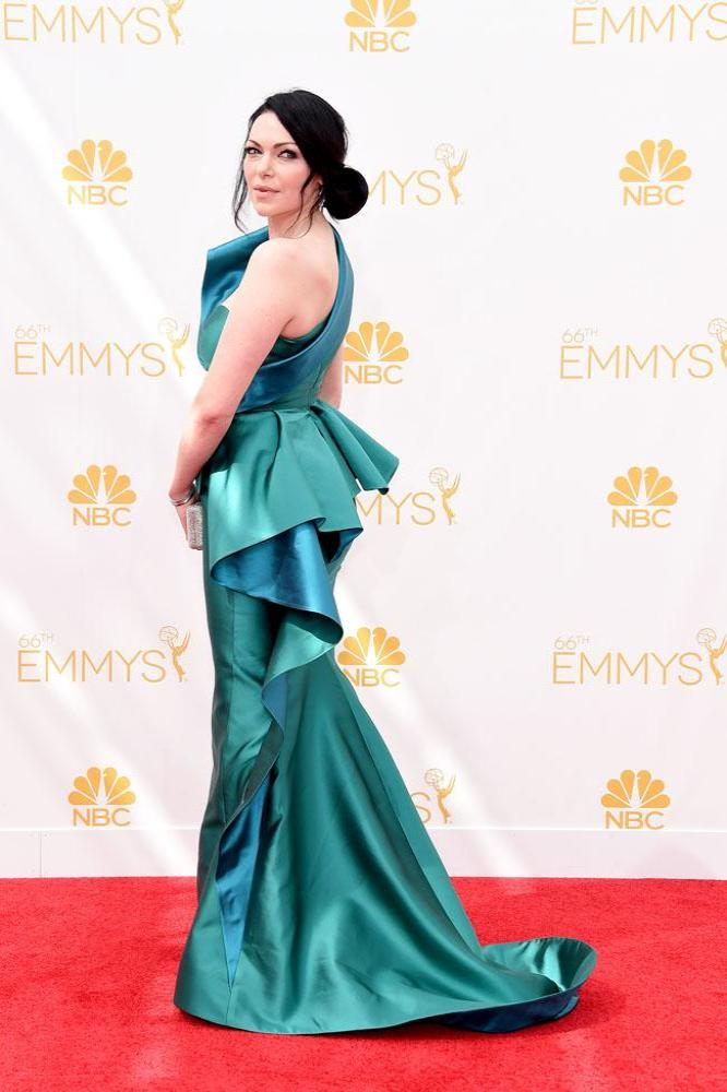 Laura Prepon backless Images