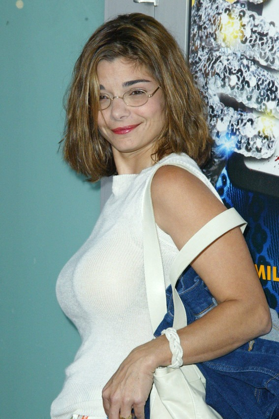 Laura San Giacomo Lingerie Pictures