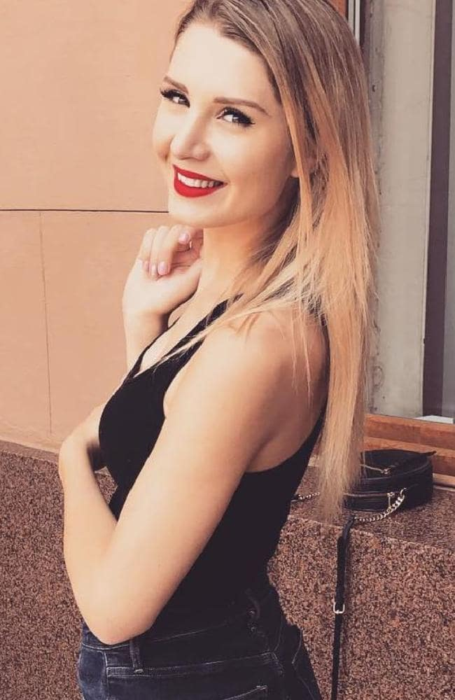 Lauren Southern Muscles Pictures