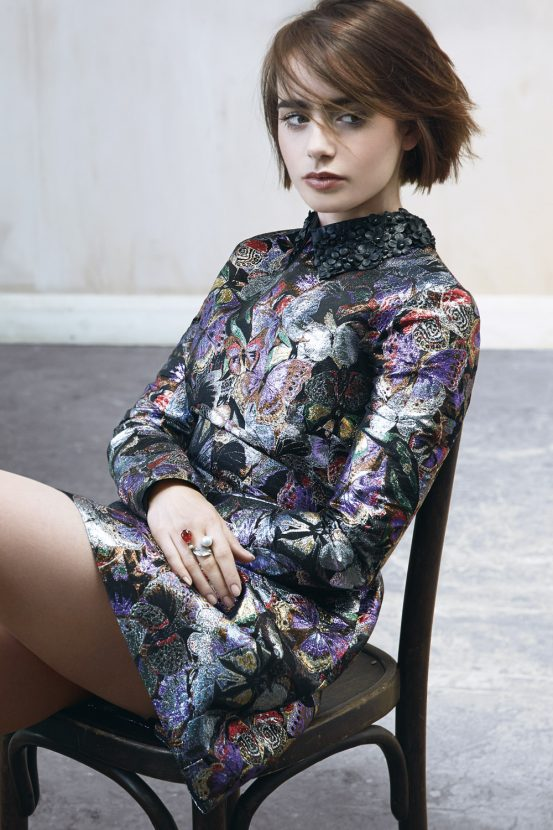 Lily Collins Legs Images