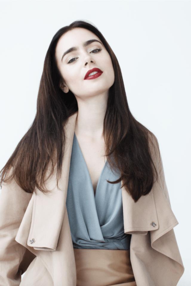 Lily Collins Navel Pics