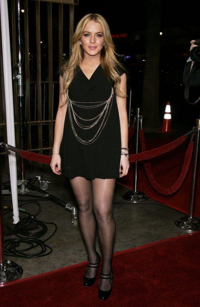 Lindsay Lohan Bikini Images