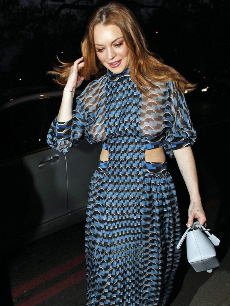 Lindsay Lohan Bold Photos