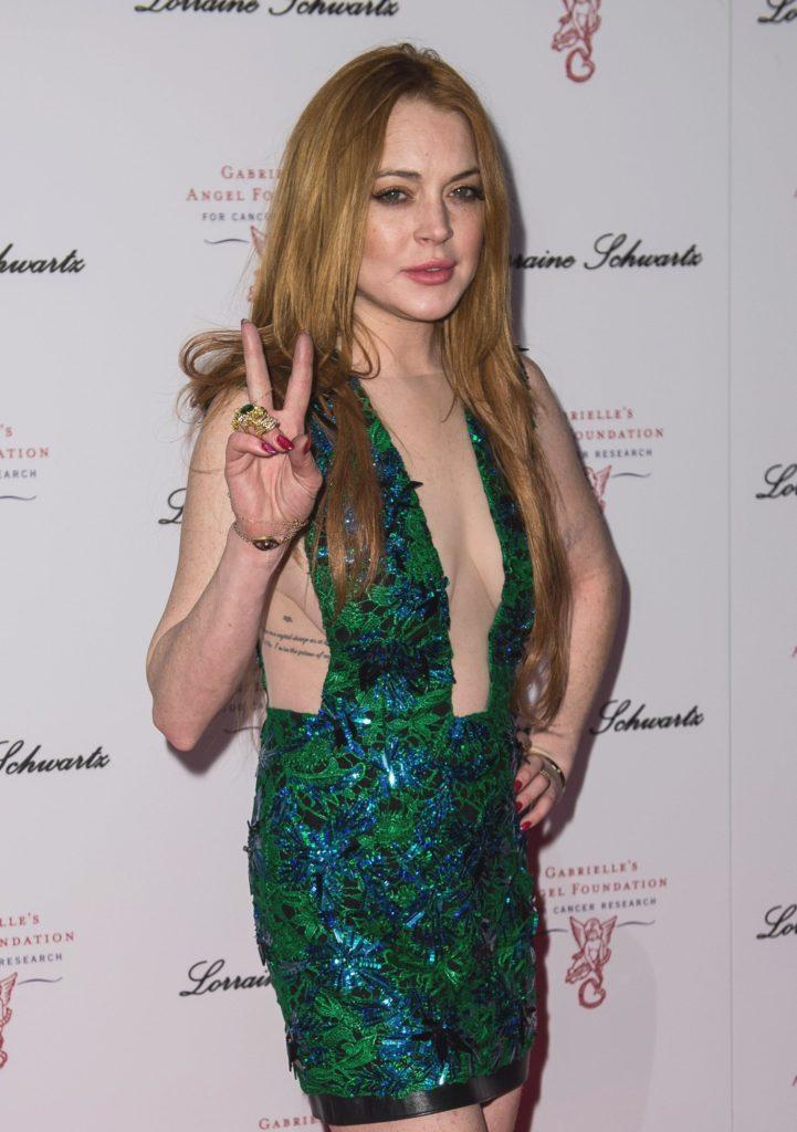 Lindsay Lohan Boobs Images