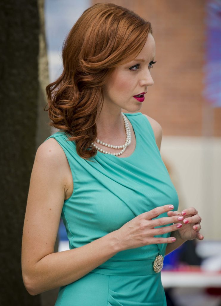 Lindy Booth Muscles Pictures
