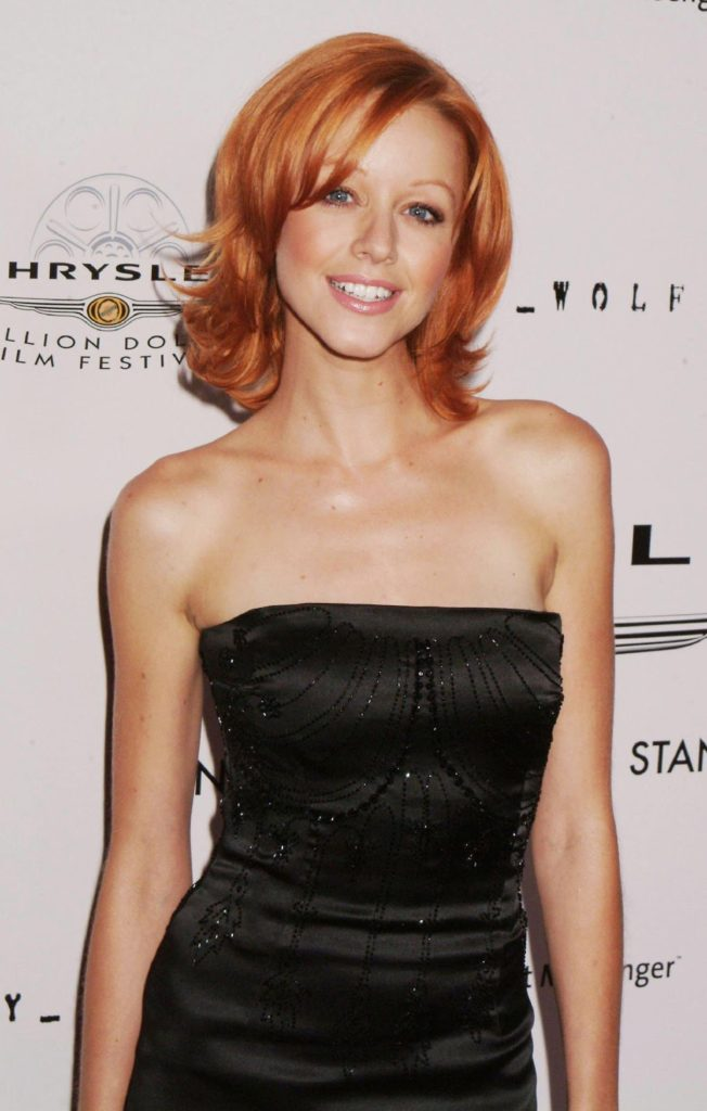 Lindy Booth Topless Photos