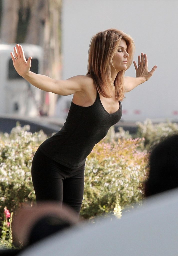 Lori Loughlin Gym Clothes Pictures