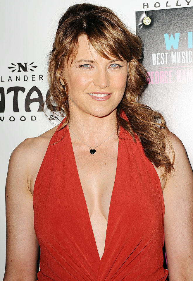 Lucy Lawless Leaked Images