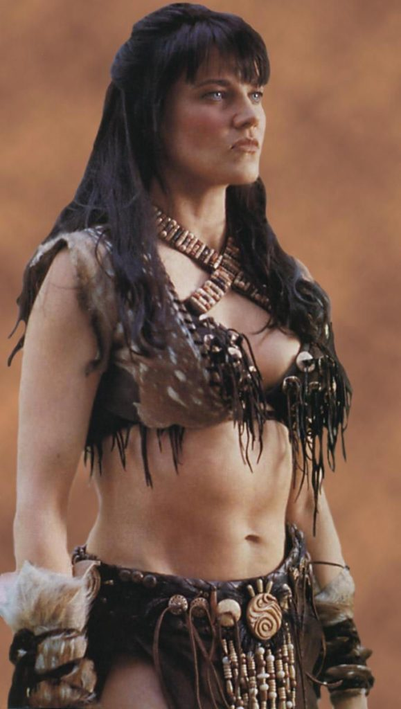 Lucy Lawless Navel Images