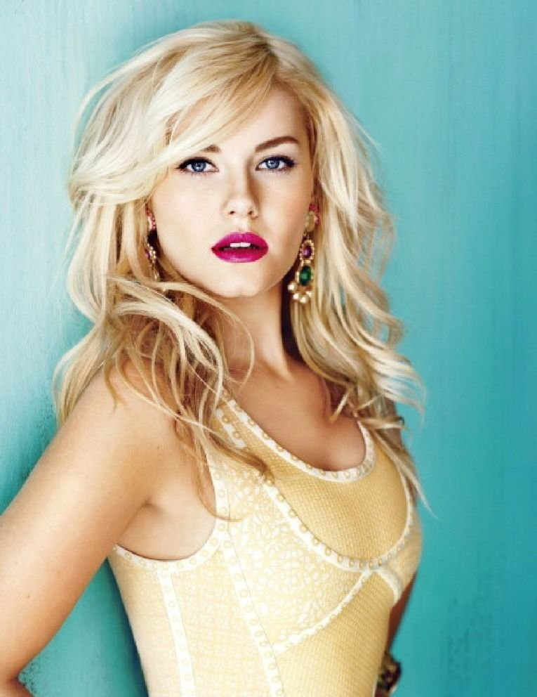 Elisha Cuthbert Makeup Wallpapers