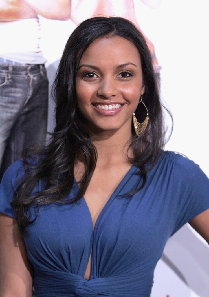 Jessica Lucas Smile Face Photos