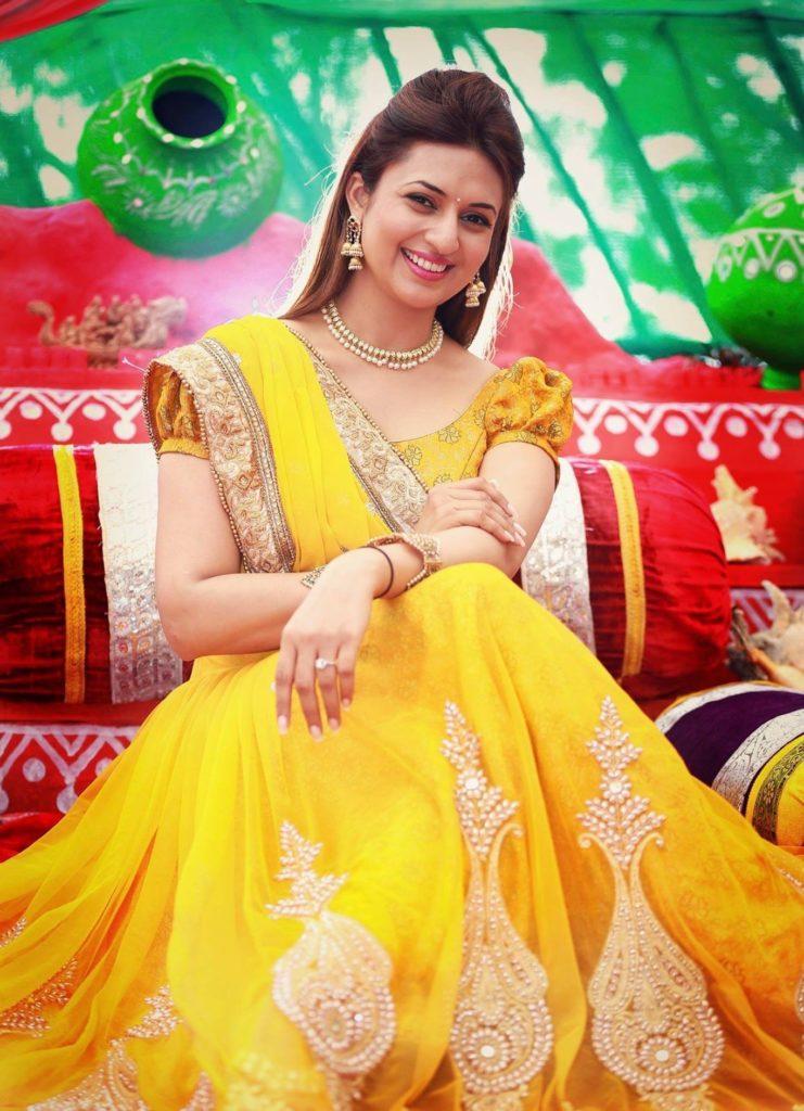 Divyanka Tripathi Charming Images