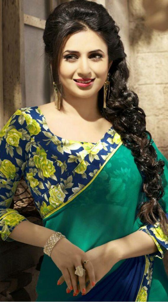 Divyanka Tripathi New Hair Style Images