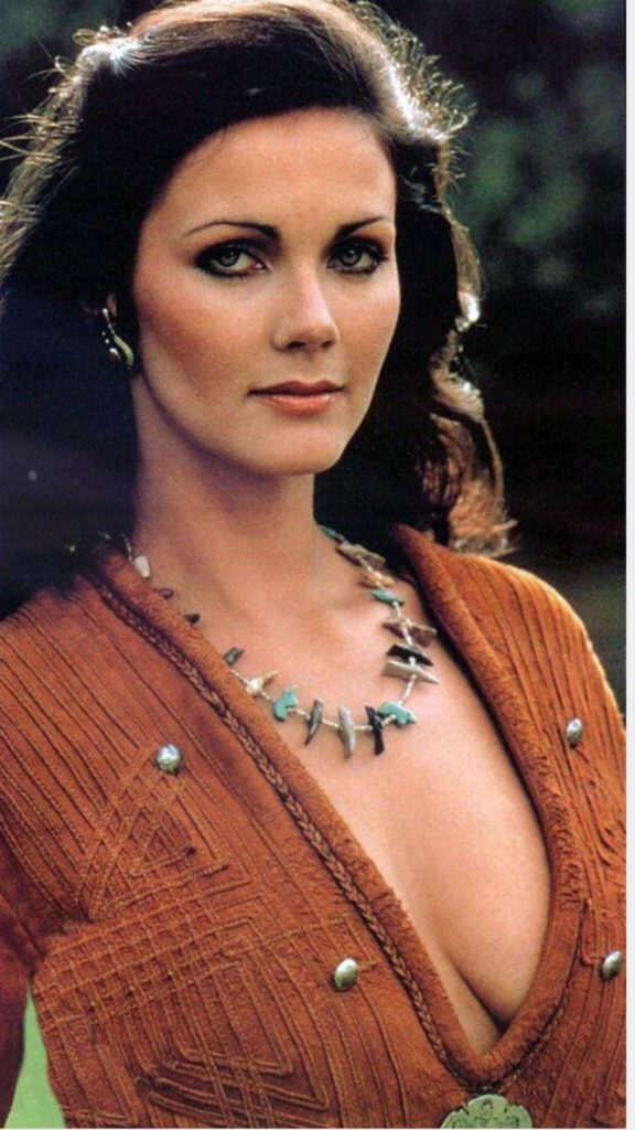 Lynda Carter Breasts Pictures