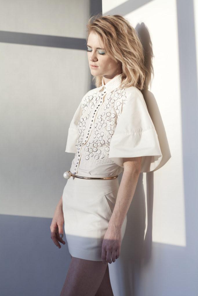 Mackenzie Davis Shorts Images