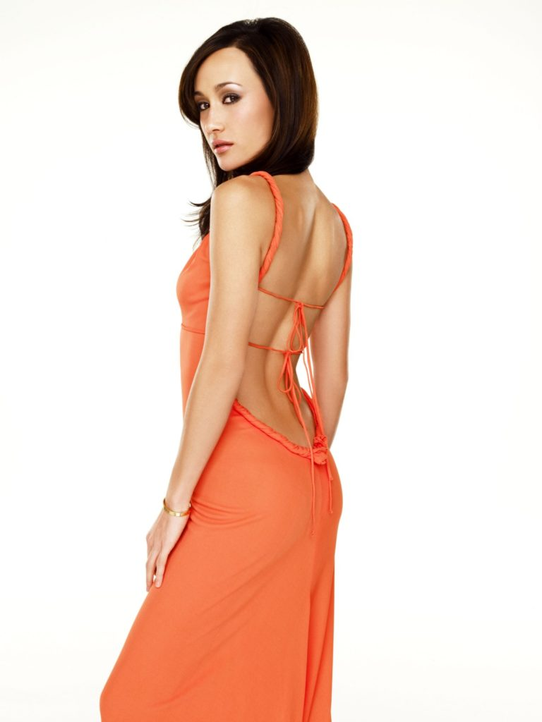 Maggie Q backless Clothes Pictures
