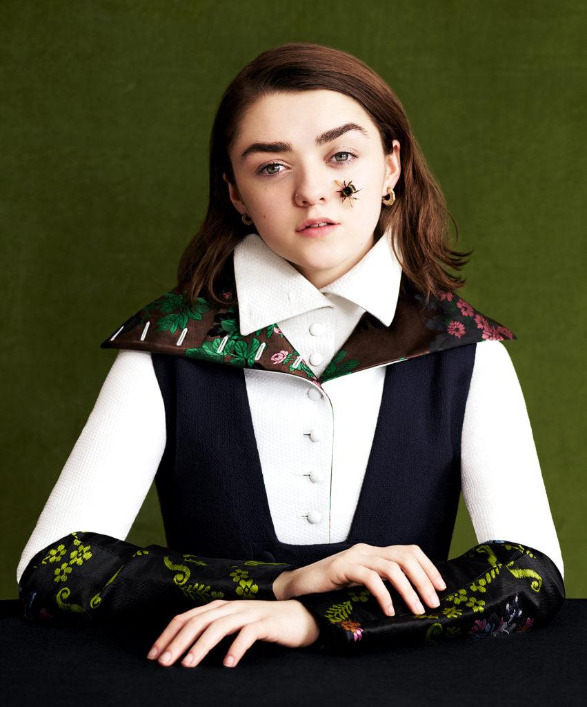 Maisie Williams Makeup Pics