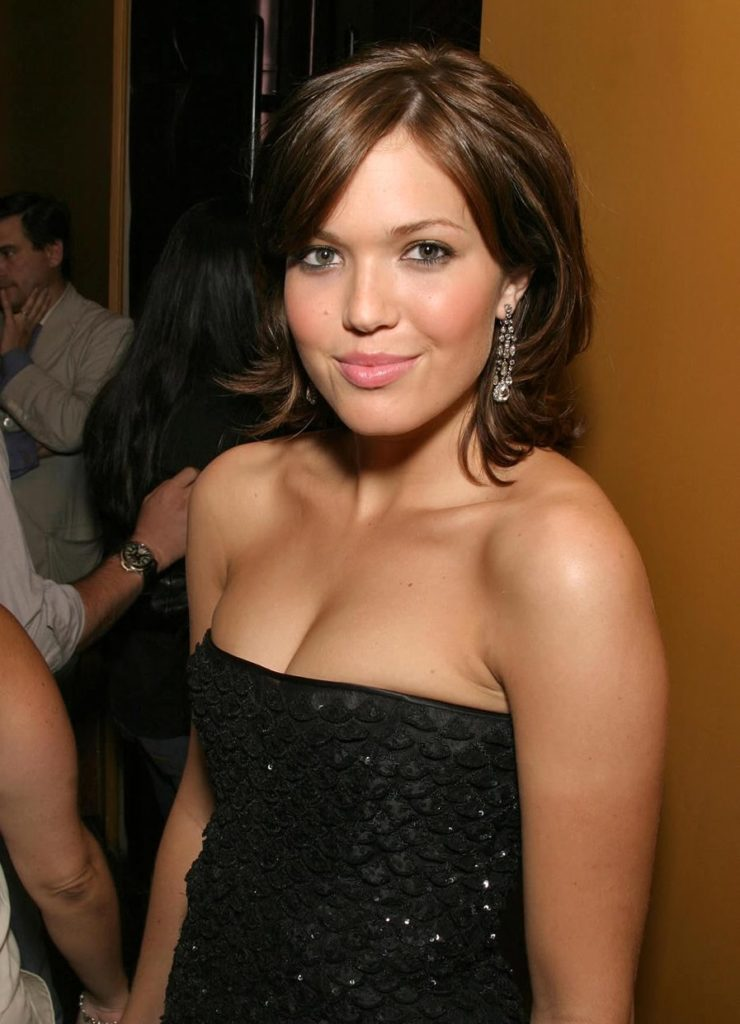 Mandy Moore At Award Show Images