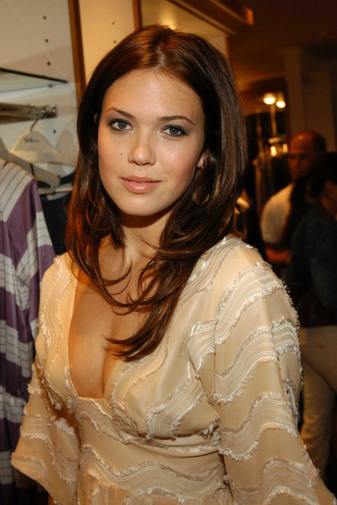 Mandy Moore Boobs Wallpapers