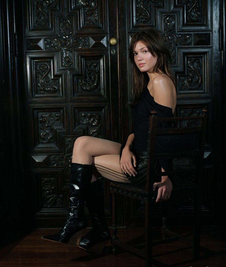 Mandy Moore Undergarments Pics