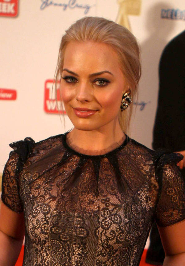 Margot Robbie Without Makeup Images