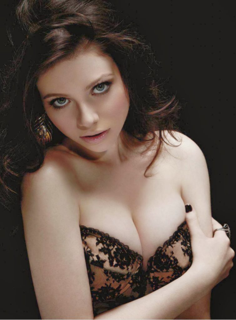 Michelle Trachtenberg Sexy Wallpapers