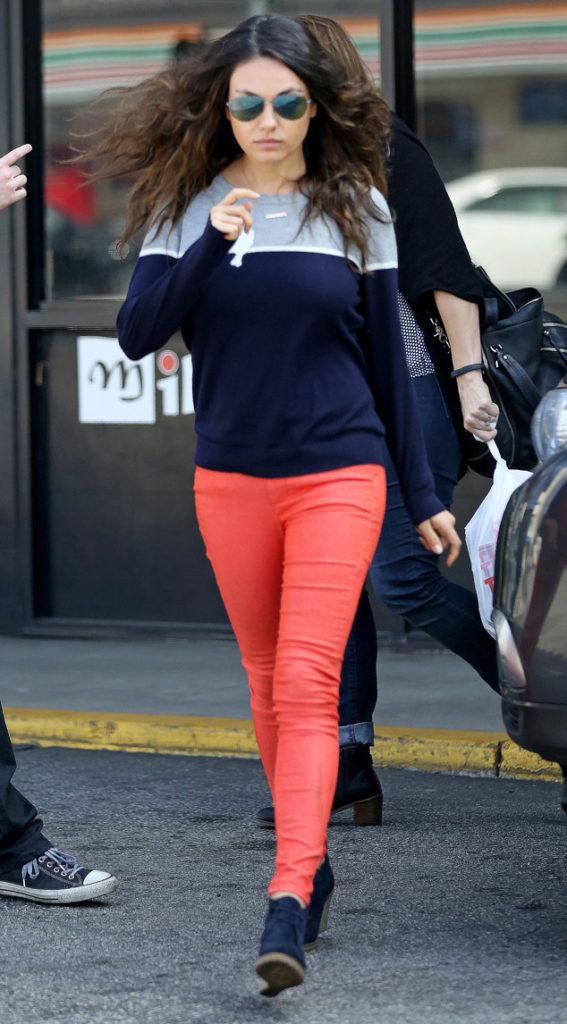 Mila Kunis Attractive Pics