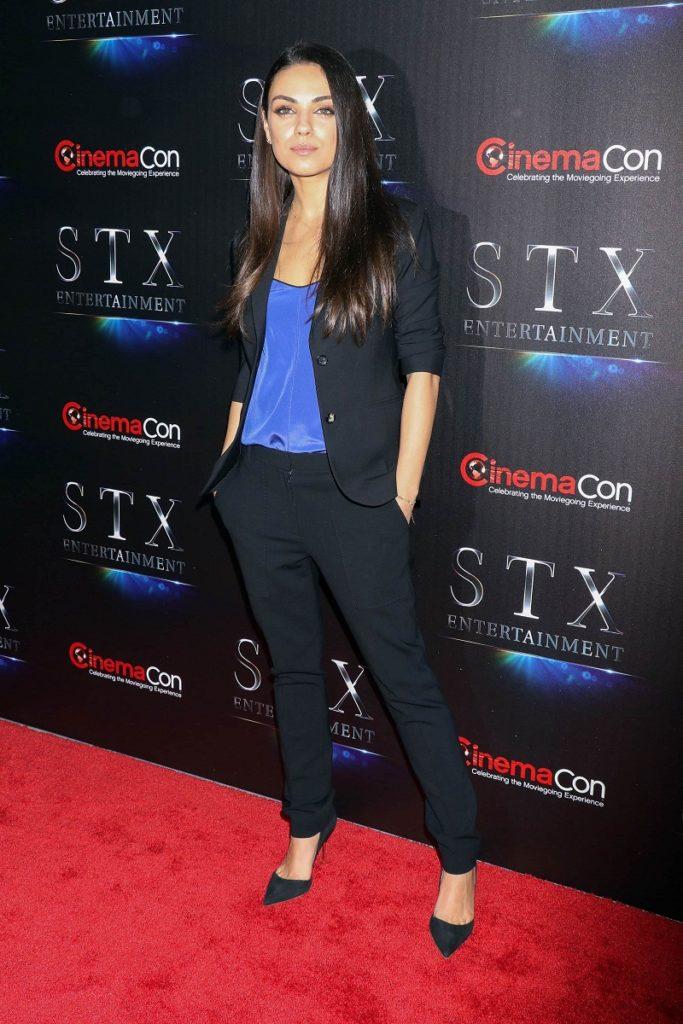 Mila Kunis Pics At Award Show