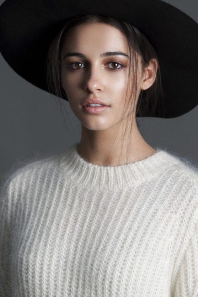 Naomi Scott Without Makeup Pics