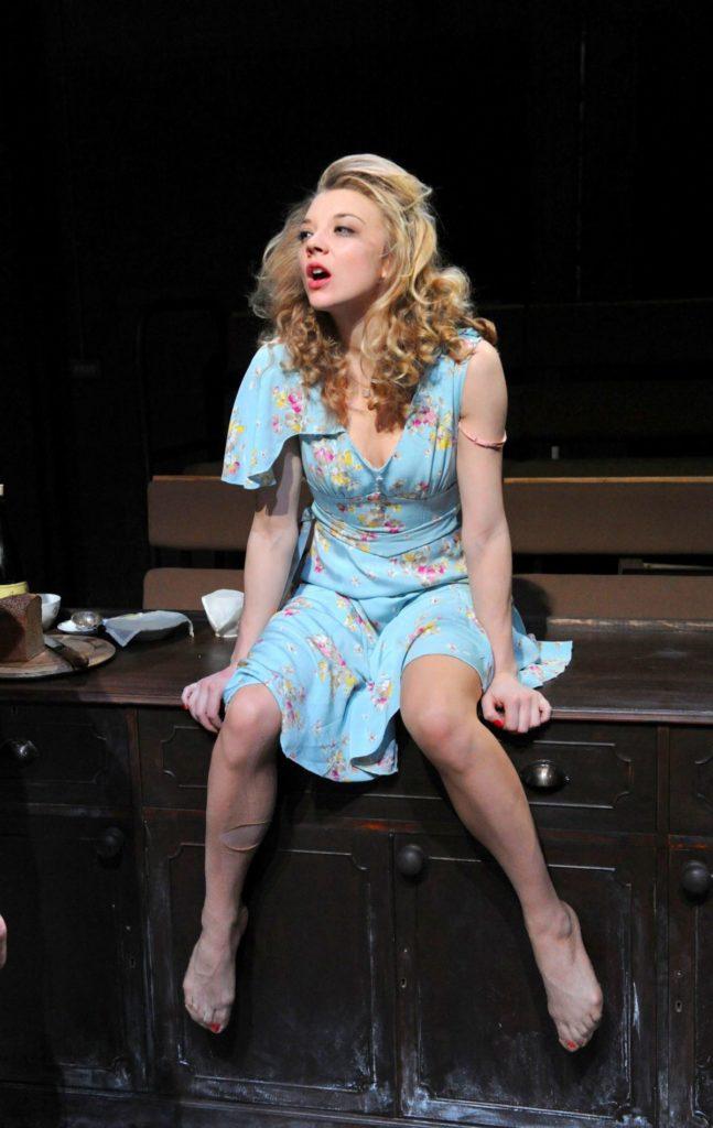 Natalie Dormer Sexy Legs Pics