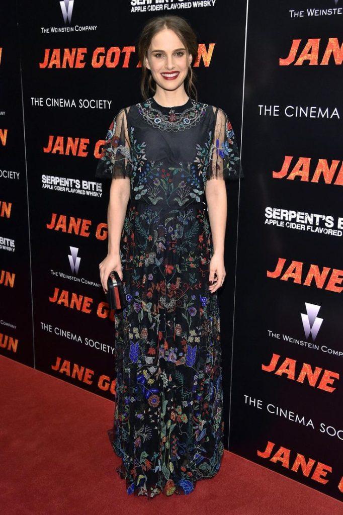 Natalie Portman Latest Look Images