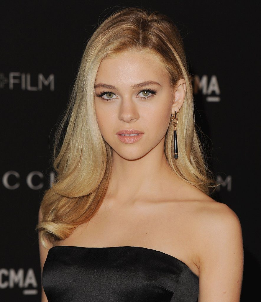 Nicola Peltz Hot Images