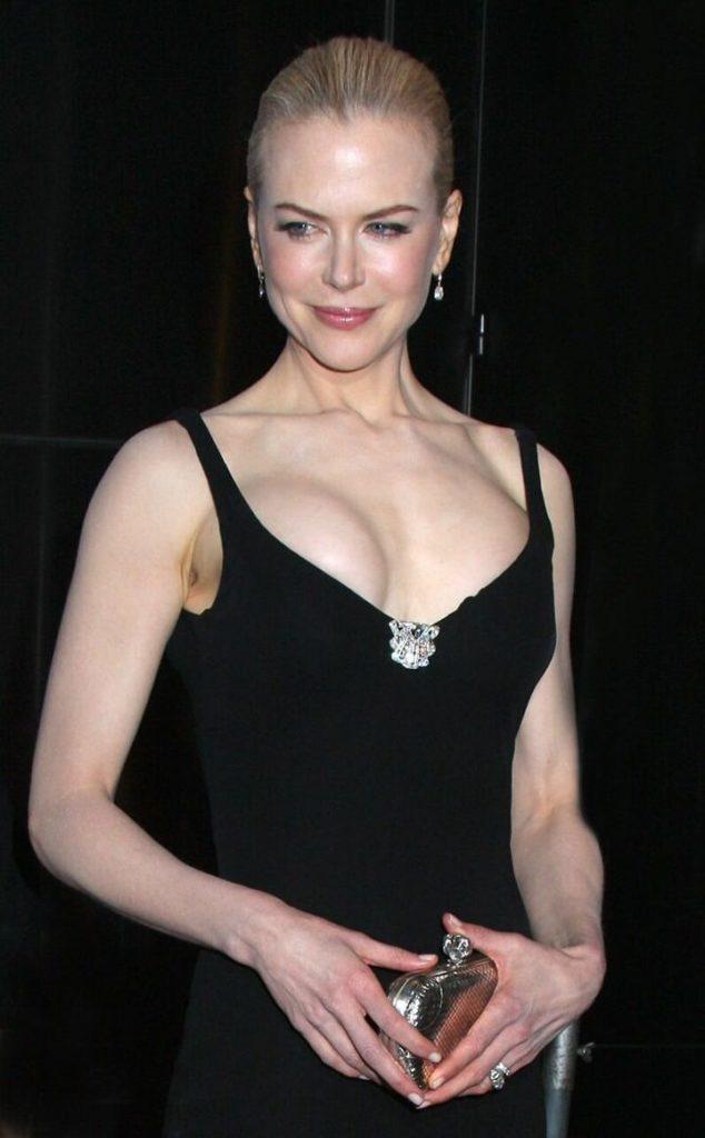 Nicole Kidman Topless Pics