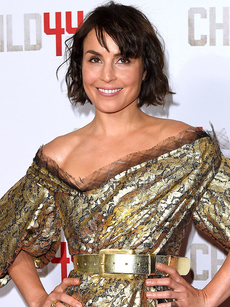 Noomi Rapace Hot Boobs Images