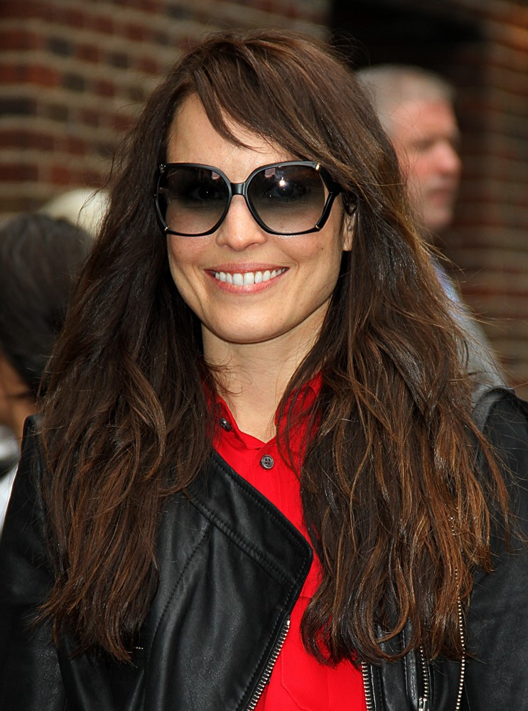 Noomi Rapace Smiling Images