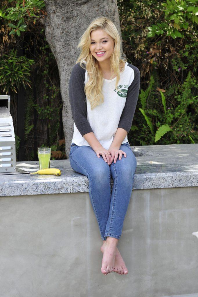 Olivia Holt Jeans Top Pics