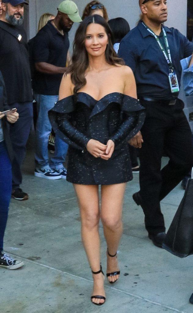 Olivia Munn Hot Boobs Pics