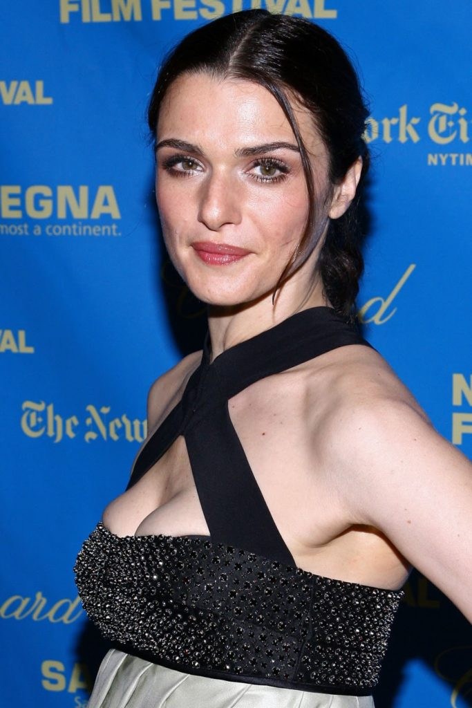 Rachel Weisz Hot Cleavage Images