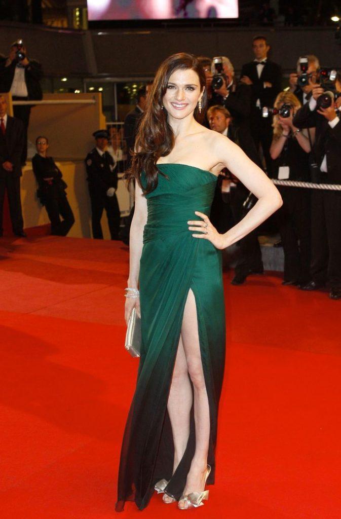 Rachel Weisz Sexy Legs Pics