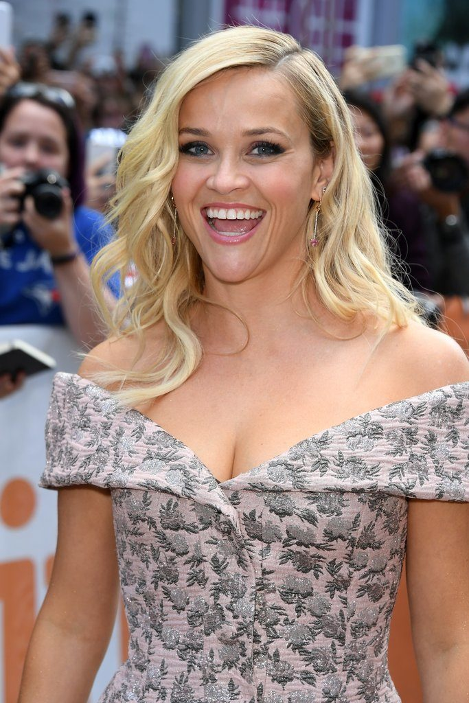 Reese Witherspoon Braless Pics