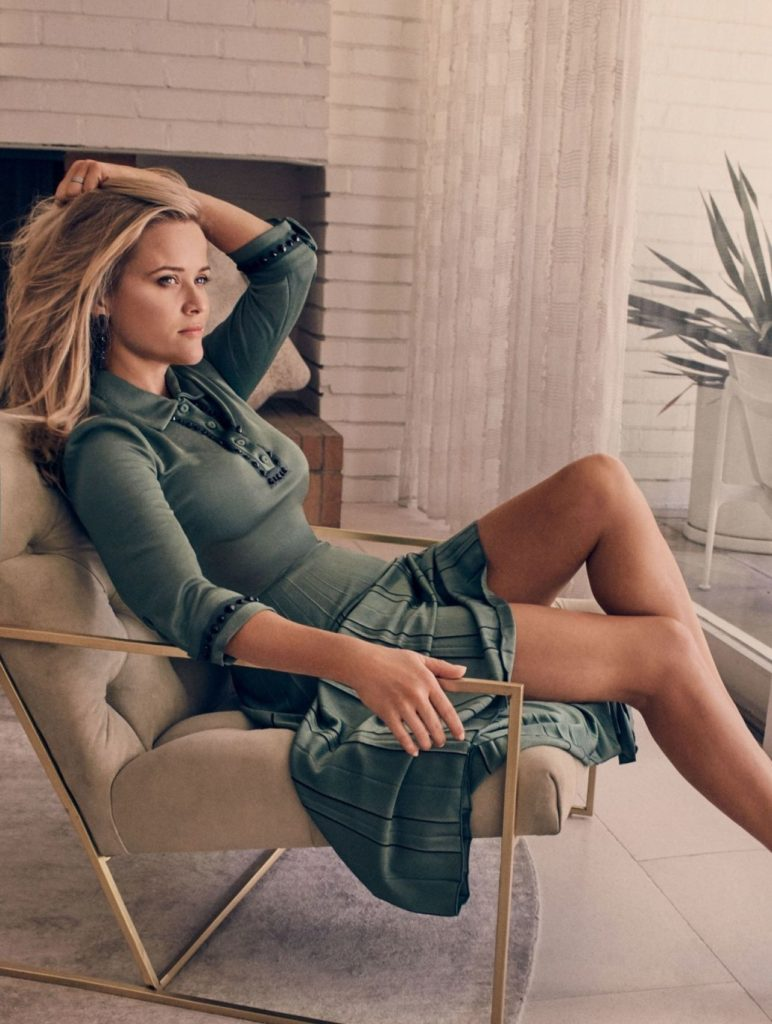 Reese Witherspoon Sexy Legs Pics
