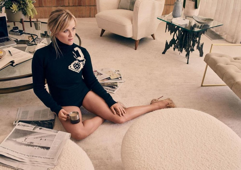 Reese Witherspoon Sexy Thighs Pics