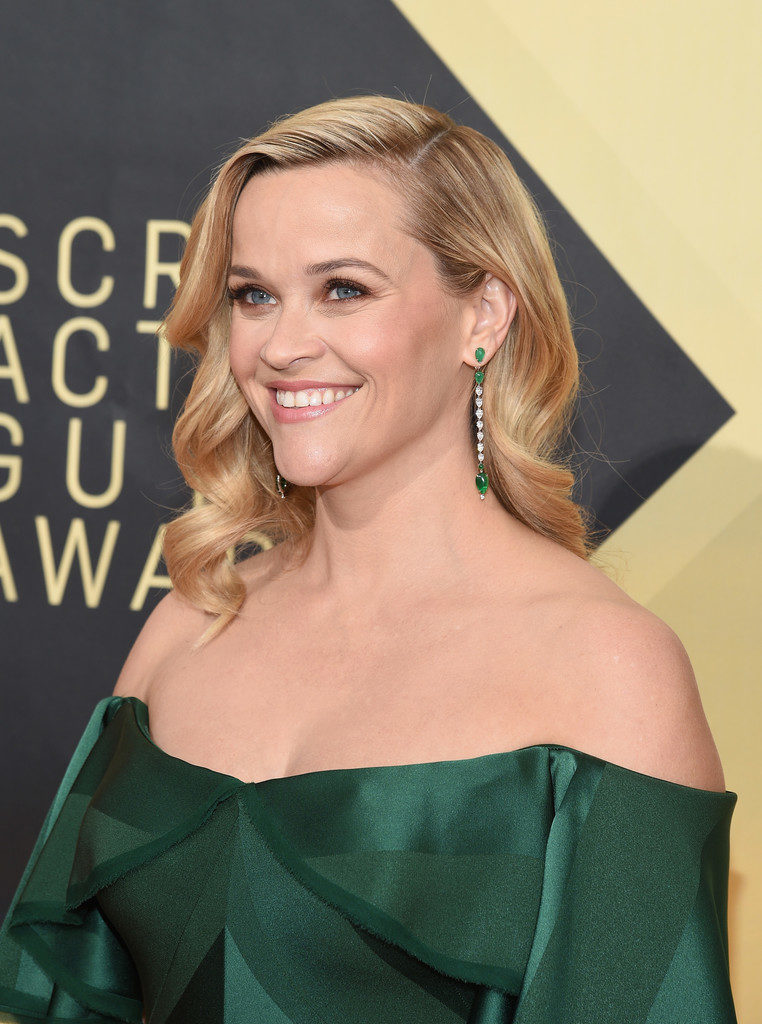 Reese Witherspoon Smiling Wallpapers