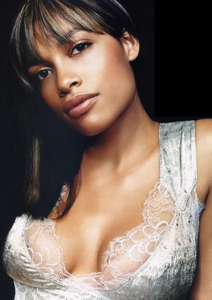 Rosario Dawson Hot Cleavage Images