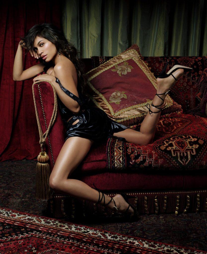 Rosario Dawson Lingerie Images
