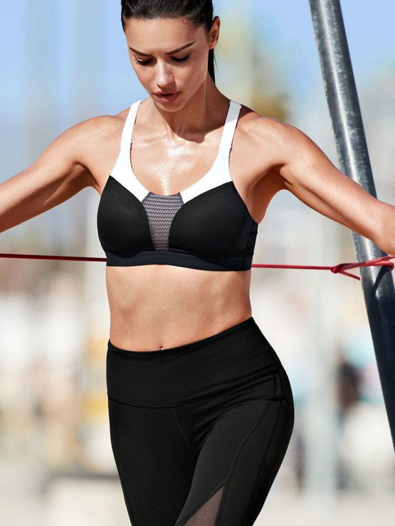 Adriana Lima Leggings Pictures