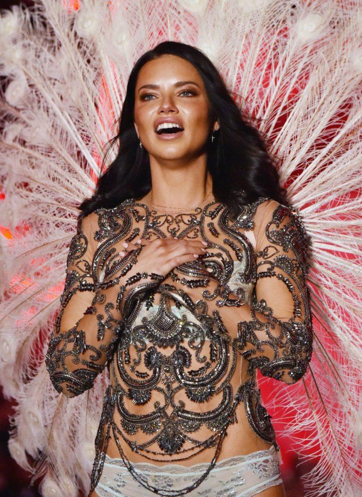 Adriana Lima Undergarments Pics
