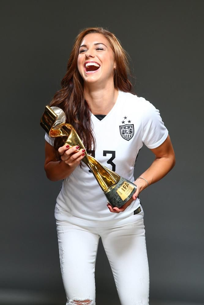Alex Morgan With Award Pictures